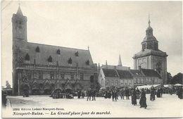 Nieuwpoort  (Nieuport-Bains)    *  La Grand'Place Jour Du Marché - Nieuwpoort