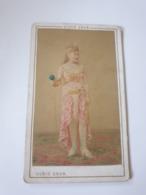 Rare Cdv Ancienne Colorisee Années 1800 Portrait D Une Jeune Femme.  Photographe Ulric Grob.  Bld Montmartre.  Paris - Ancianas (antes De 1900)