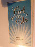 ANCIENNE CARTE PARFUMEE CIEL D'ETE PARFUM DE LUMIERE LT PIVER PARIS - Cartes Parfumées