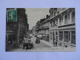 CPA  03 VICHY La Rue Cunin-Gridaine 1914  Animée  TBE - Vichy
