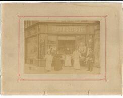 Devanture De MAGASIN  - CHARCUTERIE - PHOTO Non Située - Shops