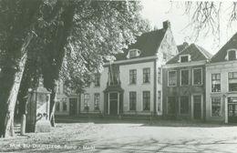 Wijk Bij Duurstede; Pomp (en Marktplein) - Niet Gelopen. (Vonk - Wijk Bij Duurstede) - Wijk Bij Duurstede