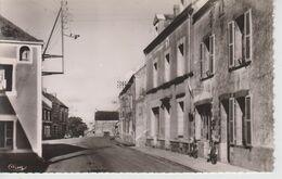 CPSM Quilly - La Grande Rue (avec Bureau De Tabac) - Sin Clasificación