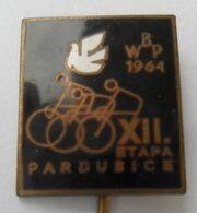WBP 1964 XII. ETAPA PARDUBICE CYCLING PINS BADGES P4/5 - Ciclismo