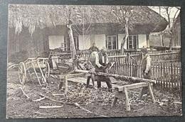 Handwerker Vor Einem Bauernhaus/Ort In Der Schweiz - Other