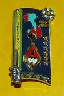 TRESCASES, ADC, 261° ENSOA, 2° Bataillon, Coloniale, FABRICANT ARTHUS BERTRAND , HOMOLOGATION 5055 , BON ETAT VOIR PHOTO - Heer