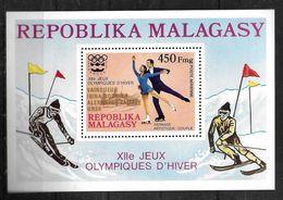 MADAGASCAR   BF 14  * * SURCHARGE OR  Jo 1976 Patinage Artistique - Figure Skating