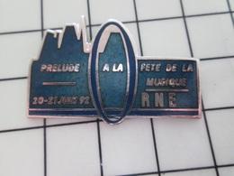 216b Pin's Pins / Beau Et Rare / THEME : MUSIQUE / ORNE 1992 PRELUDE A LA FETE DE LA MUSIQUE Par DEMONS & MERVEILLES - Musik
