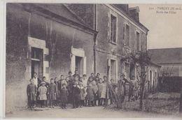 PARCAY  Ecole Des Filles - Other Municipalities