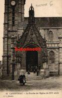 Landivisiau - Le Porche De L'Eglise Du XVI°siècle - Landivisiau