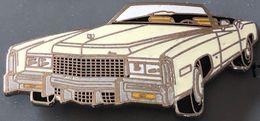 VOITURE - CAR - CADILLAC CABRIOLET  CREME - BLANCHE - EGF - WAGEN - CARRO - AUTO - AUTOMOBILE - US - USA -       (26) - Pin