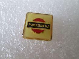 PIN'S   LOGO  NISSAN - Pin