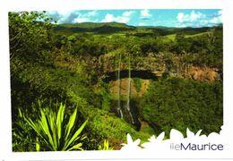 Mauritius Island:Chamarel Waterfall - Mauritius