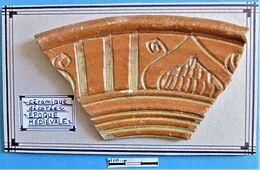Céramique Décorée. Epoque Médiévale. - Archéologie