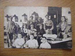 WWI CARTE POSTALE PHOTO Postcard MILITAIRES SOLDATS Chambre Humour Irrespect - Guerre 1914-18