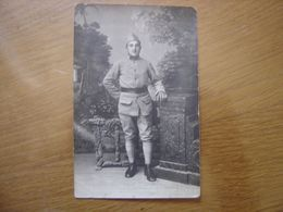 WWI CARTE POSTALE PHOTO Postcard MILITAIRE SOLDAT 4 Sur L'uniforme - Guerre 1914-18
