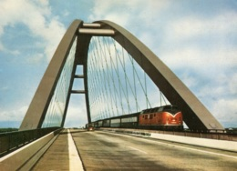 Diesellok V200,auf Der Brücke über Den Fehmarn-Sund, Ungelaufen - Trains