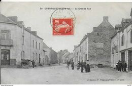 44 -- GUENROUET - LA GRANDE RUE - Guenrouet