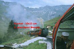 Reproduction D'unePhotographie D'un Train à Crémaillère BRB Brienz Rothorn Bahn En Suisse En 1972 - Riproduzioni