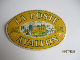 Avallon Hotel De La Poste Hotel Etiquette Hotel Valise Luggage - Etiquettes D'hotels