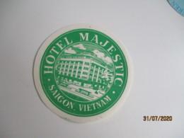 Hotel Majestic Saigon Viet Nam Etiquette Hotel Valise Luggage - Etiquettes D'hotels