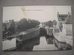 1895  Carte Postale  MONTARGIS   La Grande ÉCLUSE        45 Loiret   Petite Tache Sur Le Recto Visible Sur Le Scan - Montargis