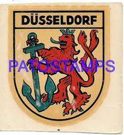 139824 GERMANY DÜSSELDORF HERLADRY CALCO NO POSTAL POSTCARD - Etiquettes D'hotels
