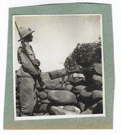 CLB189 - FOTO MILITARE SOLDATI WAR COLONIALE DIVISA 1930 CIRCA NON IDENTIFICATA CM 8,5 X CM 9,8 MITRA - War, Military