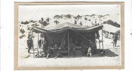 CLB238 - FOTO MILITARE SOLDATI WAR COLONIALE DIVISA 1930 CIRCA CM 16,7 X 10 NON IDENTIFICATA FOTO DI GRUPPO TENDA - War, Military
