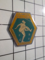 216c Pin's Pins / Beau Et Rare / THEME : SPORTS / FAMECK 1992 CHAMPIONNAT NATIONAL DE TWIRLING - Pin's