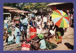 AFRIQUE EN COULEURS Marché Cp Années 70 / 75 édit HAO QUI ( TTB état ) BD100 - Non Classés