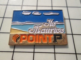 216c Pin's Pins / Beau Et Rare / THEME : MARQUES / POINT P MAGASIN BRICOLAGE ILE MAURICE Rare !!!! - Merken