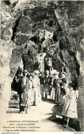 D07  VALS- LES- BAINS  Source Des Vivaraises- Les Grottes   ..... - Vals Les Bains