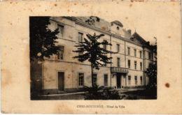 CPA CHEF-BOUTONNE - Hotée De Ville (89462) - Chef Boutonne