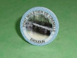 Fèves / Autres / Divers : Assiette, Exoudun , Perso   TB4I - Otros