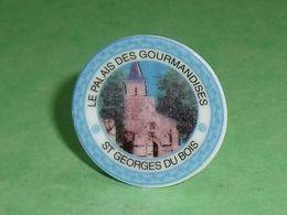 Fèves / Autres / Divers : Assiette, St Georges Du Bois , Perso   TB4I - Otros