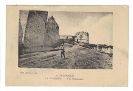 CPA Grèce Greece SALONIQUE Les Fortifications Soldat Guerre 1914 1918 War - Griechenland
