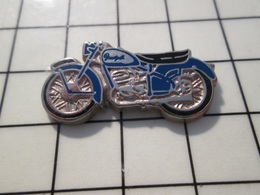 216c Pin's Pins / Beau Et Rare / THEME : MOTOS / MOTO RETRO ARGENT ET BLEU Peut être Peugeot ? Par HELIUM - Motorräder