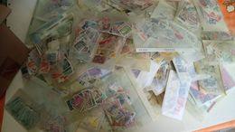 DP084 CARTON 150 POCHETTES TIMBRES MONDE TOUTES ÉPOQUES A TRIER COTE++ DÉPART 10€ - Lots & Kiloware (min. 1000 Stück)