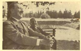 Portrait D'Adolphe Hitler - Cachet De L'aigle Royal Au Dos - Guerre 1939-45
