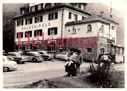 """Photographie Originale : Maloya Kulm - St. Moritz, Suisse - Hôtel Et Voitures Automobiles Anciennes """" Pini Munchen """" 50s - Luoghi"""