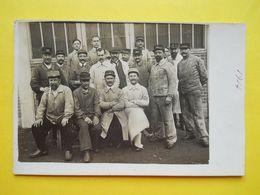 Le Mans ,Léon BOLLEE ,son Contremaitre Et Ouvriers Devant L'usine - Le Mans