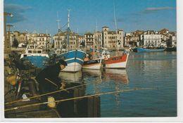 DEPT 64 : édit. Lavielle N° 1402 : Saint Jean De Luz Le Port - Saint Jean De Luz