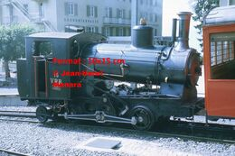 Reproduction D'unePhotographie D'une Vue De Profil D'une Locomotive à Vapeur VRB 16 à Crémaillère à Rigi En Suisse 1972 - Riproduzioni