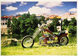 MOTO - Harley-Davidson Motorcycle ?? Chopper En France - Moto