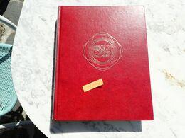 CLASSEUR NEUF. 60 PAGES. DOUBLE INTERCALAIRE. TRES BON ETAT - Postzegels