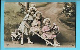 FANTAISIE--Fillettes + Fleurs ---voir 2 Scans - Autres