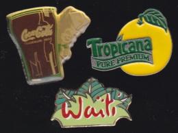 66341-Lot De 3 Pin's.Boissons.Waiti.Tropicana.coca. - Beverages