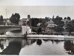 Carte Postale De Méry-sur-Oise, L'Oise Et L'église, 16 Août 1961 - Mery Sur Oise