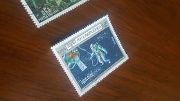 CAMBOGIA CONQUISTA SPAZIO 1 VALORE - Briefmarken